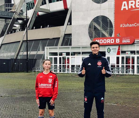 NVC talent Lieve (JO14-1) in beeld bij Ajax en KNVB